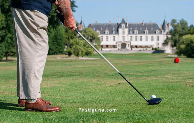 permainan bola kecil golf