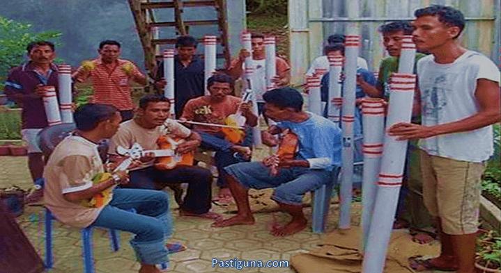 alat musik bambu hitada