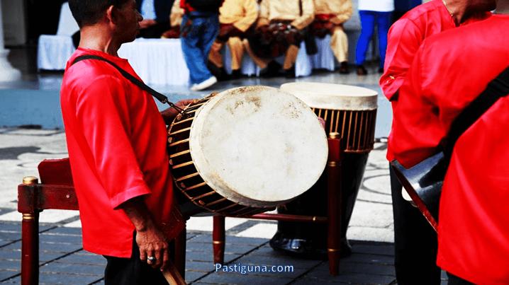 alat musik totobuang
