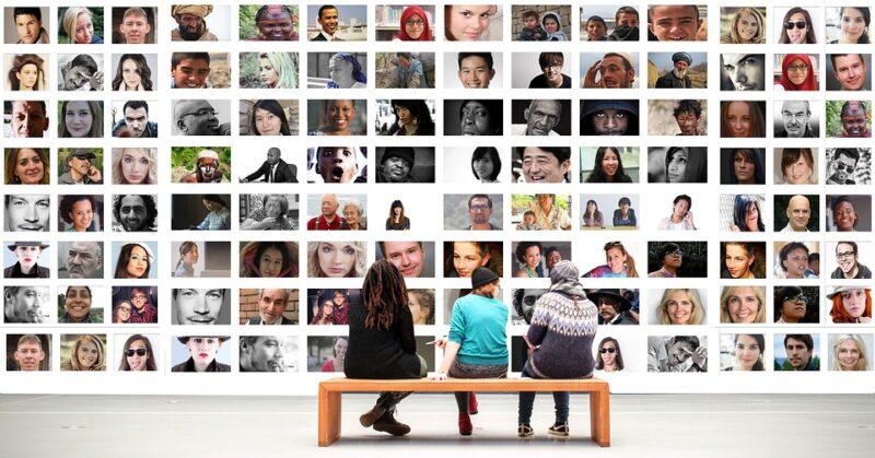 fungsi komunikasi daring