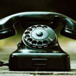 telepon adalah